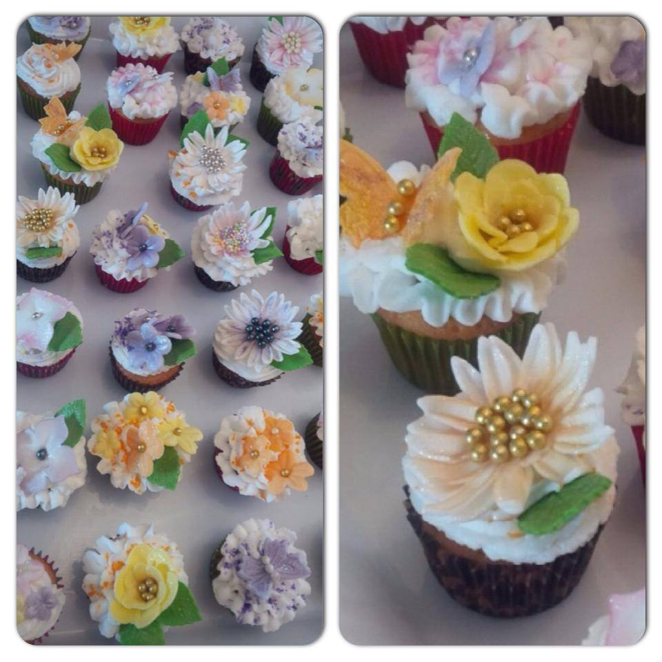 edible flower cup cakes