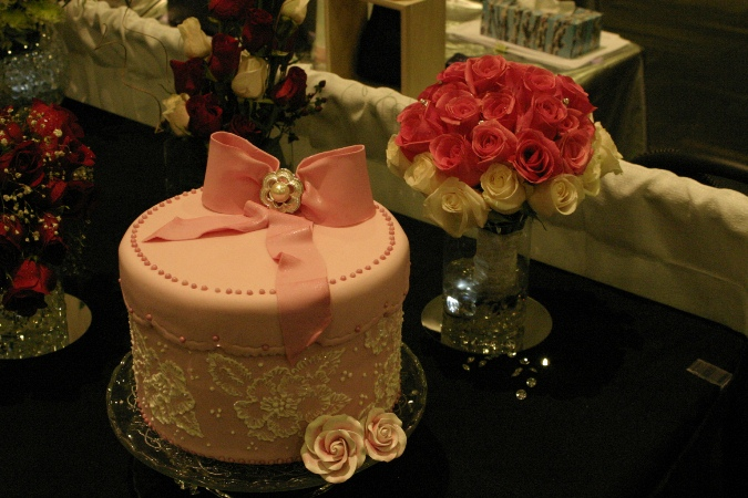 pink hatbox wedding cake
