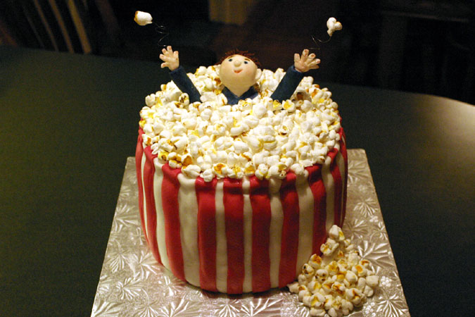 popcorn bowl cake with man