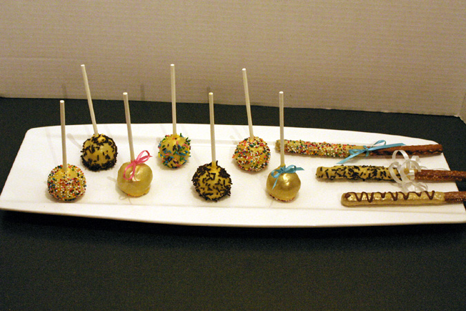 cakepops and dipped pretzels