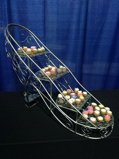 shoe stand for cupcakes