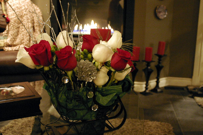 sleigh with roses floral arrangement
