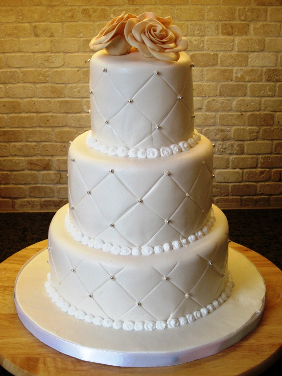 simple 3 tier wedding cake designs wedding cake ideas thatweddinggirl 19917